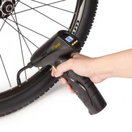 AIRGUN 2 - gonfiaggio ruota bicicletta